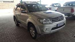 2010 TOYOTA FORTUNER 3.0D4D AT 139000KM R249900