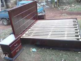 Fine wood bed