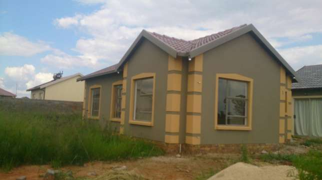 New Houses for sale in East of Johannesburg Benoni - image 4