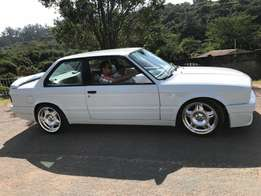E30 BMW 2 door with 325is kit and suspension nd 2.7 engine stroked 2.8