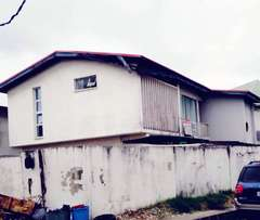 Distress sales of 2wing 5Brm duplex each Wt 4rms off Awolowo way Ikoyi