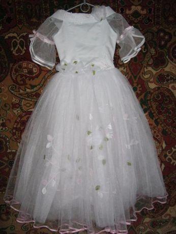 6958f925233394 Дитяче випускне біле плаття ріст 140-146см: 500 грн. - Одяг для ...