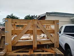 Heavy duty crates and flat board pallets