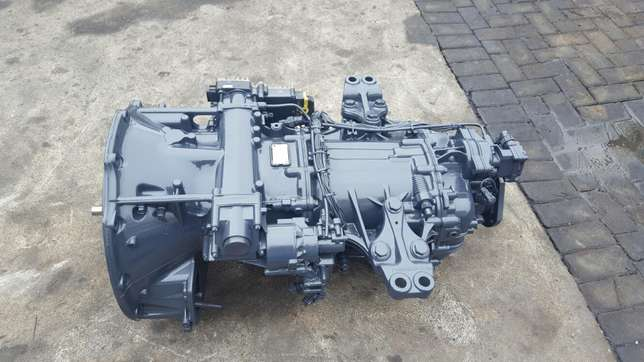 Mercedes actros mp3 G211-12 gearbox with ecm Africa - image 4
