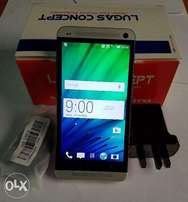 32GB HTC M7 with Original Charger