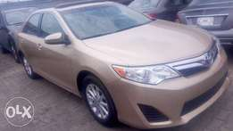 Toyota Camry LE 2013 Model full option.