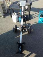 Electric golf caddy (P3354/3)