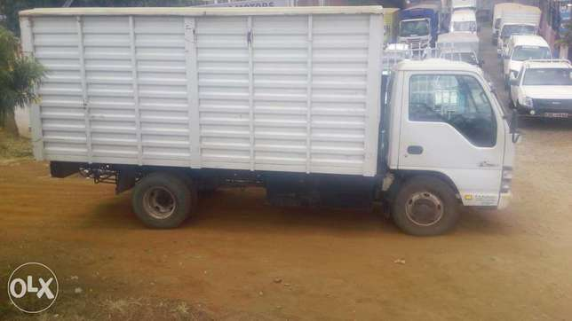 Isuzu nkr local for quick sale Baba Ndogo - image 4