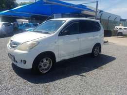 Selling my toyota avanza for sale .R28000.price