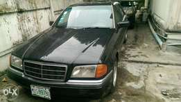 Clean 2000 Mercedes-Benz 220 For Sale