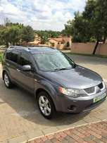 2007 Mitsubishi Outlander SUV 2.4 GLS 4X4 Auto with 124 000km for sale