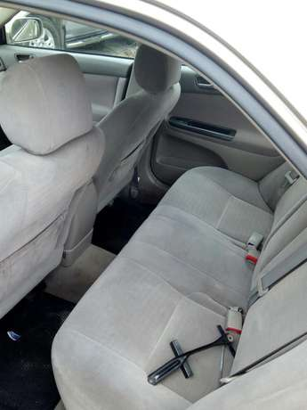 This Toyota Camry 2005 is for sale Surulere - image 2