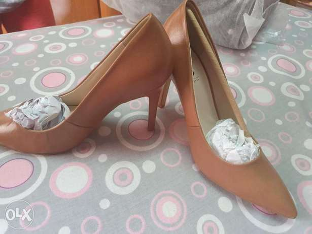 Hight heels new imported from canada