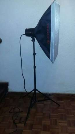 Studio Light Kit (Plus Carry Bag) Nyayo Highrise - image 2