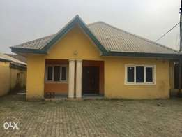 Urgent sale!!! 4bedroom bungalow with Federal light for sale At NTA