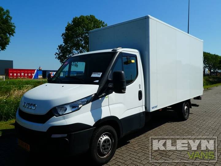Iveco DAILY 35 S 15 laadklep ac 146 dkm - 2015