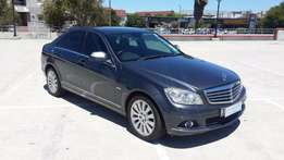 Mercedes-Benz C200 Elegance fsh at Agents
