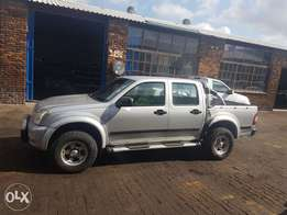 Isuzu kb 250 le twin cab up for grabs serious people only no chancers