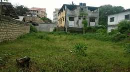 Prime plot 50 by 100 behind malindi highcoat if interested call