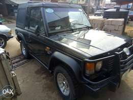 A very clean Mitsubishi pajero for sale.