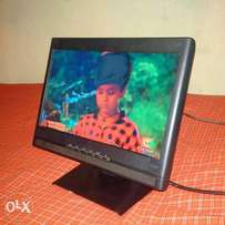 New 17inch Benq Tft with tv box