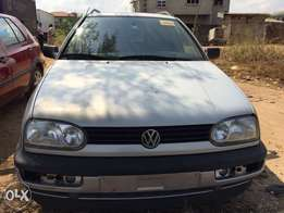 tokunbo golf 3wagon very sharp Lagos clear very sharp