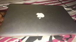 MacBook Pro Yankee used year 2015 for sell