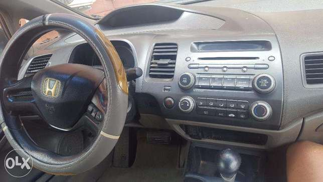 Affordable Honda Civic 2007 Kubwa - image 5
