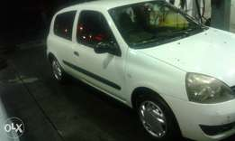 renault clio lll 2009 model1.2 full house