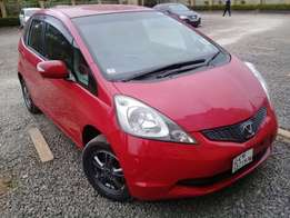 Honda Fit(very clean)