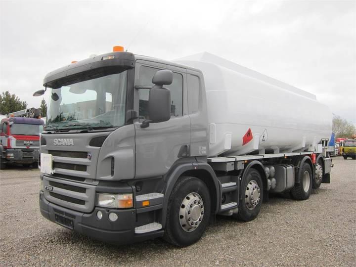 Scania P310 8x2*6 Bilcon 24500 L - 2006