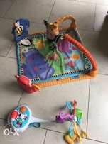 Fisher price play mat and cot mobile