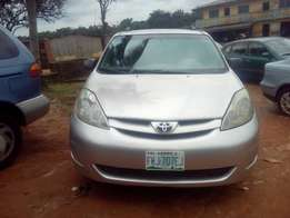 Toyota Siena 2006 model 4 sale