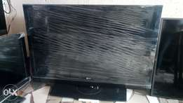 50 inches LG lcd TV