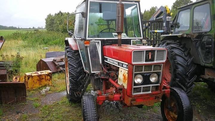 Äldre Traktorer För Demontering - 1978