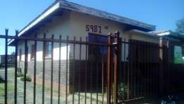 3 Room in Maphisa(Bochabela)