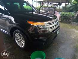 Almost Brand New Ford Explorer 2014