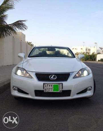 Lexus IS350 Cabriolet 2010