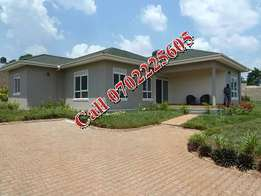 4 bedroom bungalow for sale in Kiira at 325m