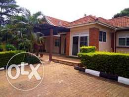 4 bedroom fully furnished house for rent in Lubowa.
