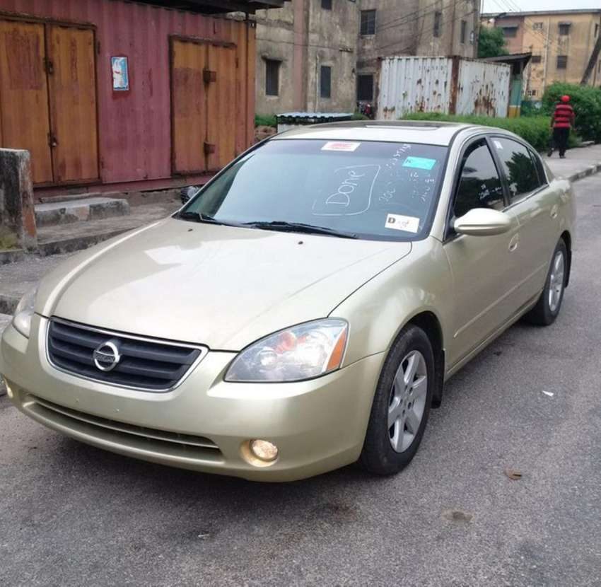 Clean Nissan Altima 2005 Gold For Sale Lagos Cars Lagos Olx