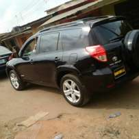 Toyota Rav4 2008 model tokunbo very clean