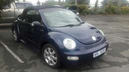 Bargain 2005 Volkswagen 2.0 Beetle Convertible, leather seats, aircon!