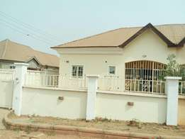 3bedroom semidetached (newly renovated) bungalow in Sunnyvale estate