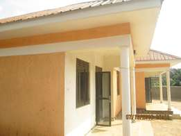Brand new 2 bedroom houses in kisaasi at 600k
