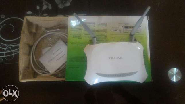 Very clean used wireless router for sale Abeokuta South - image 3