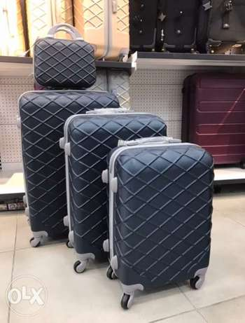 Set of 4 travel suitcase navy color last set available
