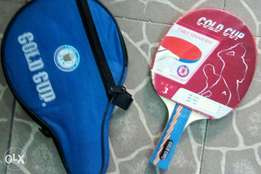 single gold cup table tennis bat is available
