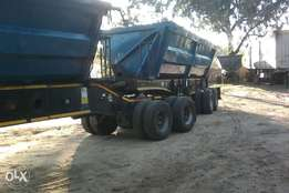 2010 afrit super link 34mt side tipper in good running condition