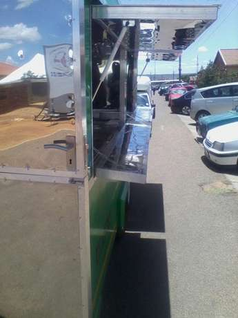 Mobile food warmer R55000 Soshanguve - image 1